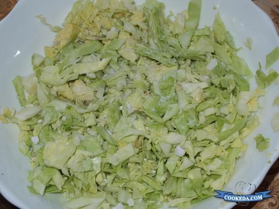 Салат из капусты с огурцом и редисом-02