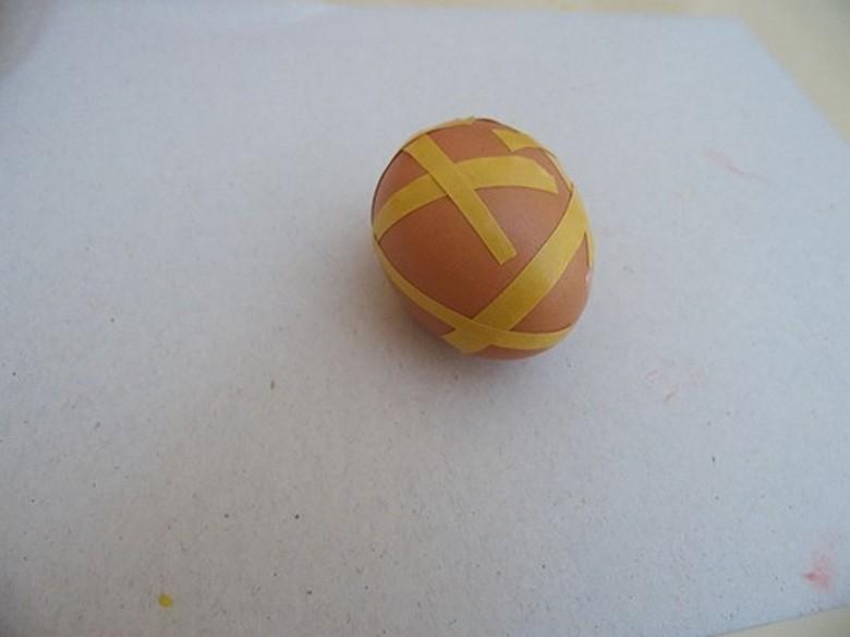 Как разукрасить яйца на Пасху фото-06