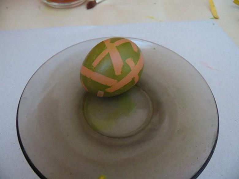 Как разукрасить яйца на Пасху фото-07