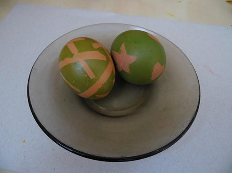 Как разукрасить яйца на Пасху фото-08