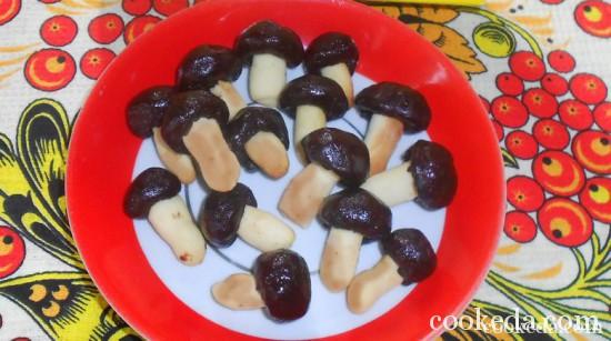 Печенье шоколадные грибочки