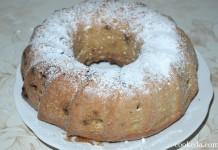 Столичный кекс с изюмом в духовке
