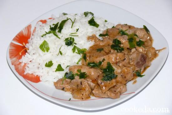 Свинина в сметанном соусе