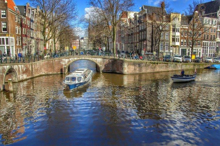 Что попробовать в Амстердаме: 6 «самых голландских» блюд