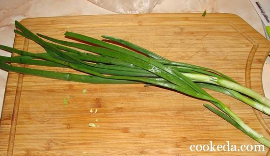 Салат молодой капусты луком яйцом фото-03