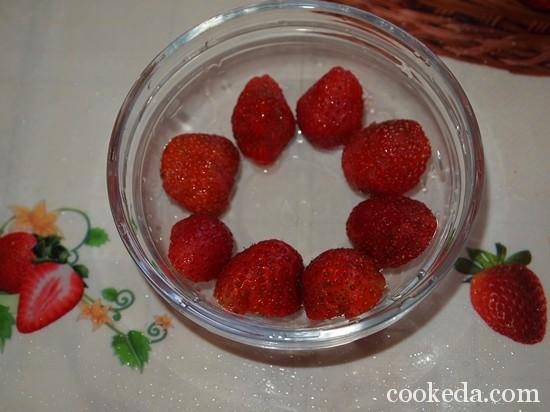 Клубничный десерт фото-01
