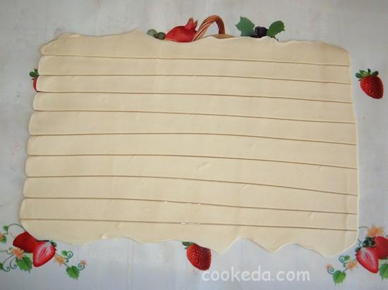 Слоеный пирог с клубникой фото-02