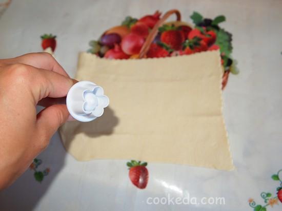 Слоеный пирог с клубникой фото-11