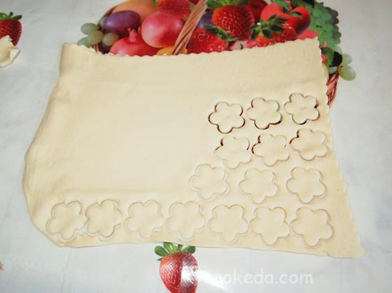 Слоеный пирог с клубникой фото-12