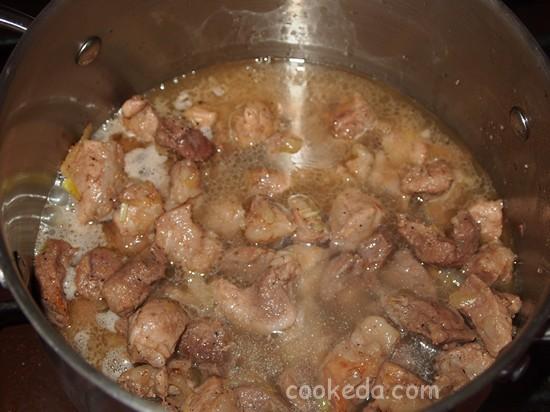 Картофель тушеный с мясом фото-06