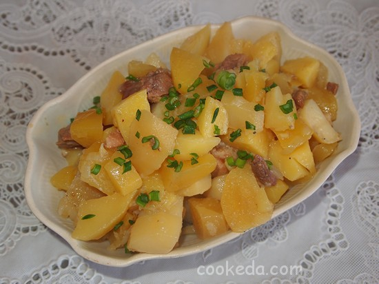 Картофель тушеный с мясом фото