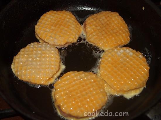 Ленивая отбивная в вафельках-12