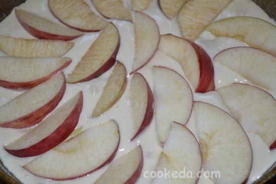 Шарлотка с яблоками-12