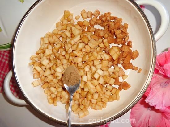 Яблочно-грушевое варенье с пряной корицей-09