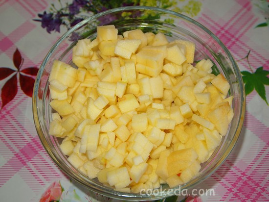 Дрожжевой пирог с яблоками-17