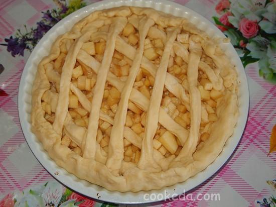 Дрожжевой пирог с яблоками-25