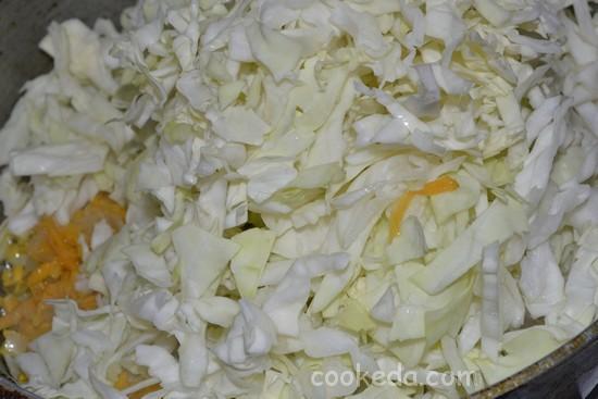Несладкий пирог с начинкой из капусты и яиц-05