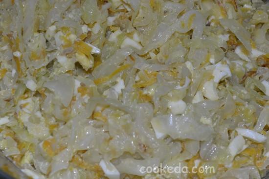 Несладкий пирог с начинкой из капусты и яиц-07