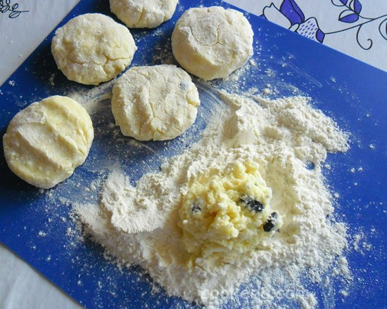 Сырники с творогом и картофелем-11