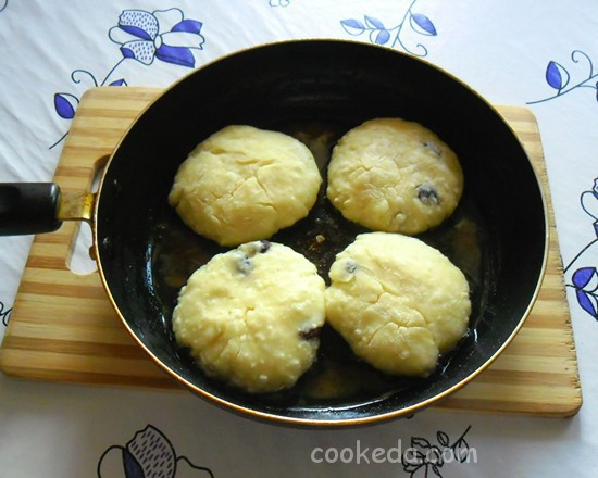Сырники с творогом и картофелем-12