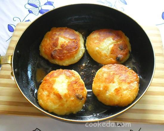 Сырники с творогом и картофелем-13