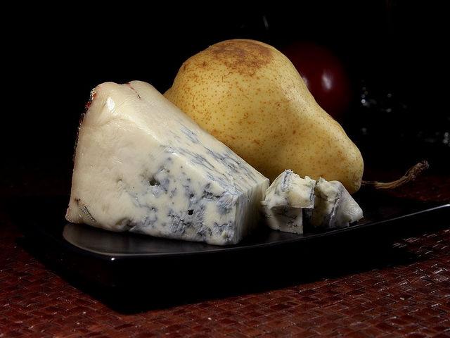 Горгонзола — голубой десертный сыр