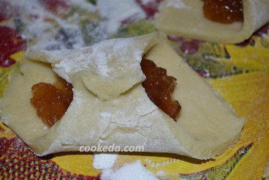 Печенье из слоеного теста с джемом-04