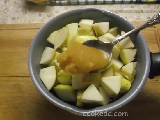 слоеный яблочный пирог-02