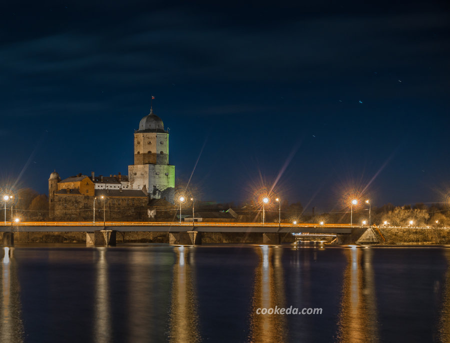 Выборгский замок вечером