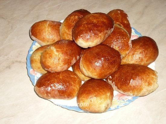 Дрожжевые пироги с джемом-08