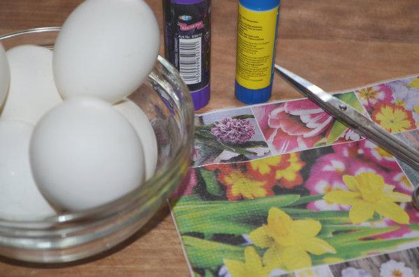 Пасхальные яйца в технике декупаж-02