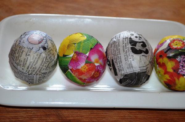 Пасхальные яйца в технике декупаж-10