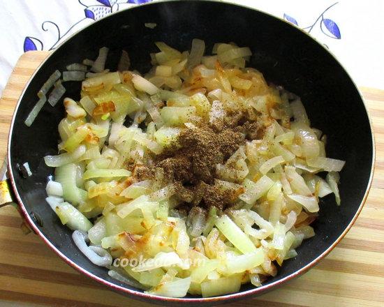 Пирог на кефире с рыбой и рисом-11