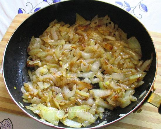 Пирог на кефире с рыбой и рисом-12