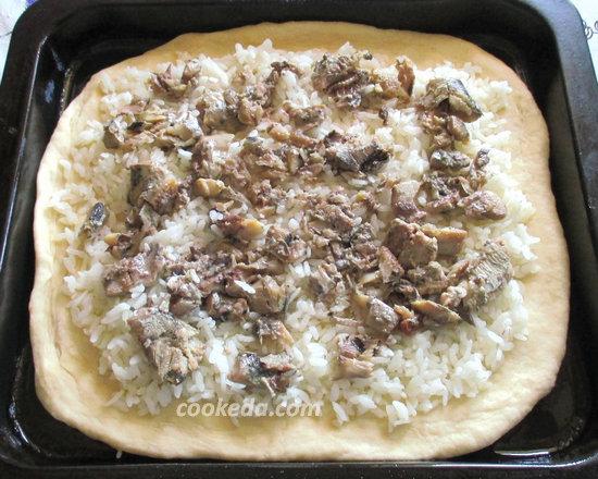 Пирог на кефире с рыбой и рисом-15