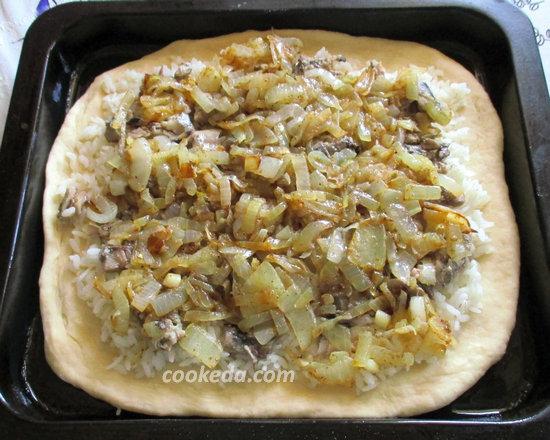 Пирог на кефире с рыбой и рисом-16