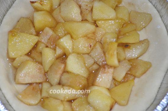 Пасхальный пирог из яблок-10