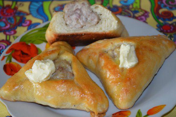 Татарские пирожки эчпочмаки