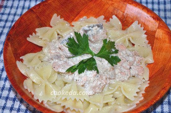 фарфалле с лососем в сырном соусе-09