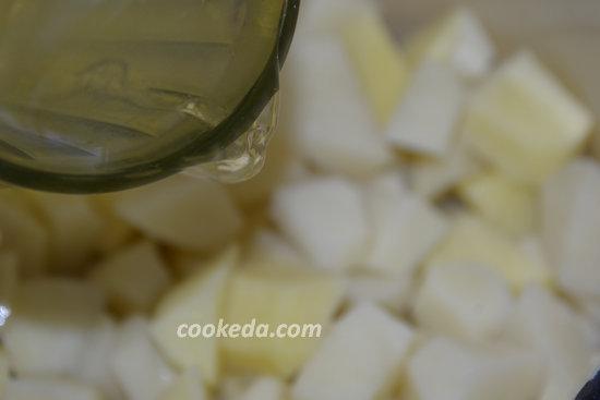 Тушеный картофель с куриным мясом-03