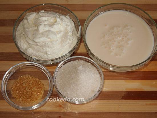 бисквитный сливочно-йогуртовый торт-08