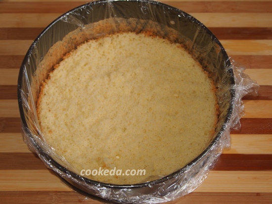 бисквитный сливочно-йогуртовый торт-11