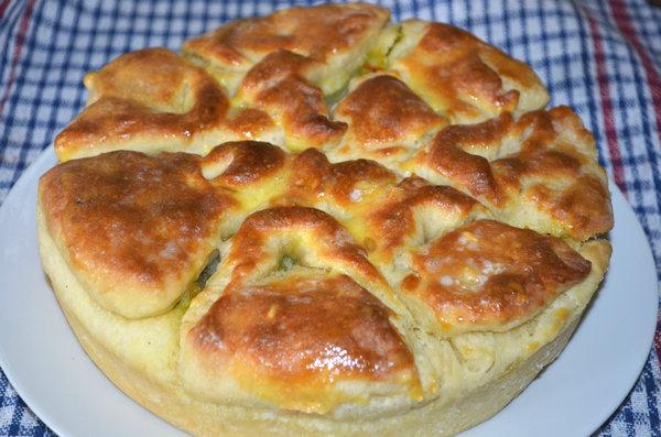 Дрожжевой пирог с капустой в духовке