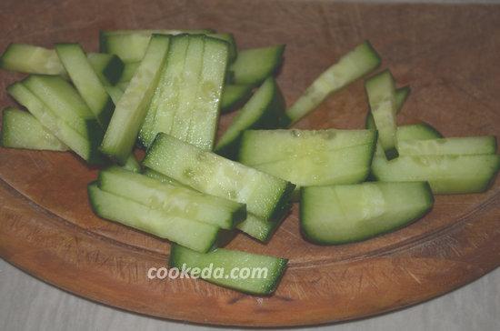 Вкусный салат из кальмаров-06