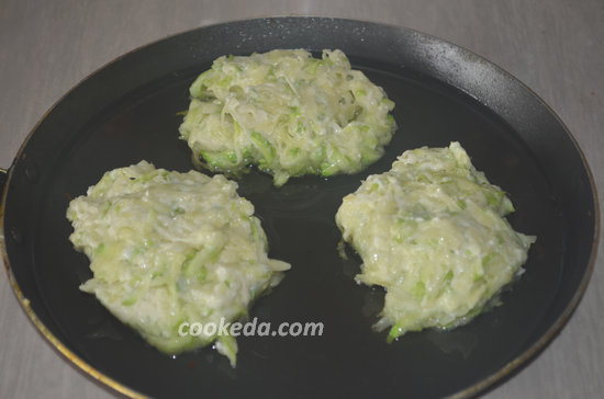 Оладьи из кабачков с картофелем-06