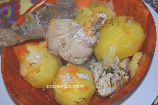 Тушеная курица с картошкой-10