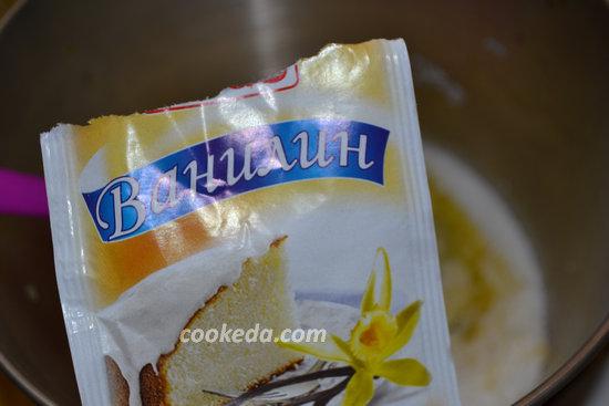Бисквитный торт со сгущенкой-03