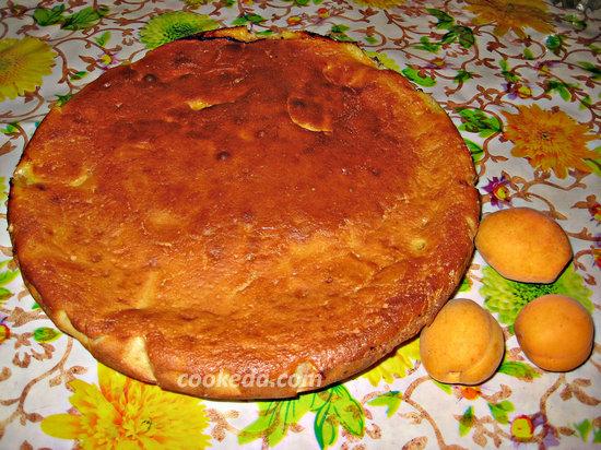 Наливной пирог с абрикосами-13