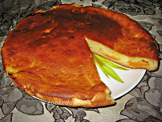 Наливной пирог с абрикосами-15