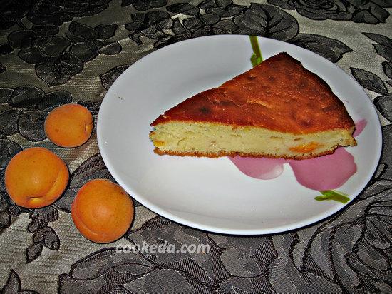 Наливной пирог с абрикосами-16